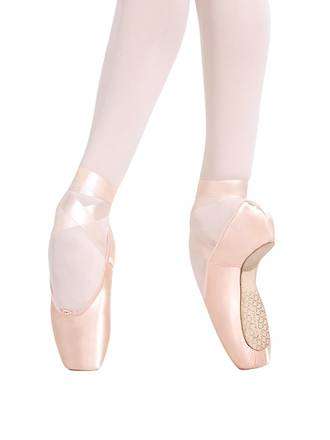 1136W Developpe Pointe shoes